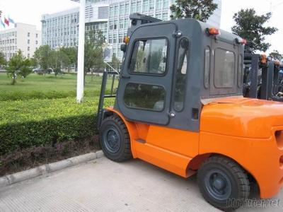 L Series 8-10T Internal Combustion Counterbalanced Forklift Truck