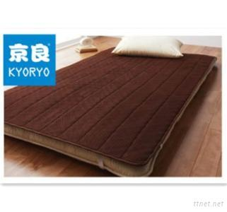 Foam Warming Mattress Pad With Carbon Particles