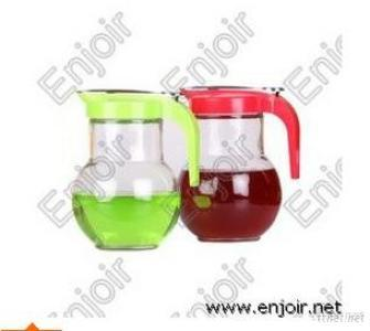 Clear Glass Pitcher With Plastic Lid And Handle
