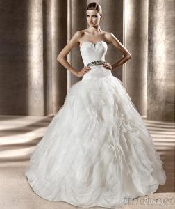 Sweetheart Ball Gown Organza Layers and Frills Bridal Gown