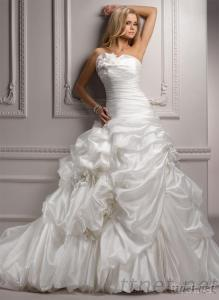 Strapless Ruched Organza Ivory Ball Gown Wedding Dresses